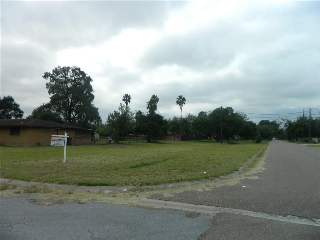 611 Miller Street W Property Photo - Falfurrias, TX real estate listing