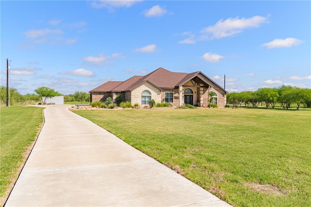 926 W Escondido Property Photo - Kingsville, TX real estate listing