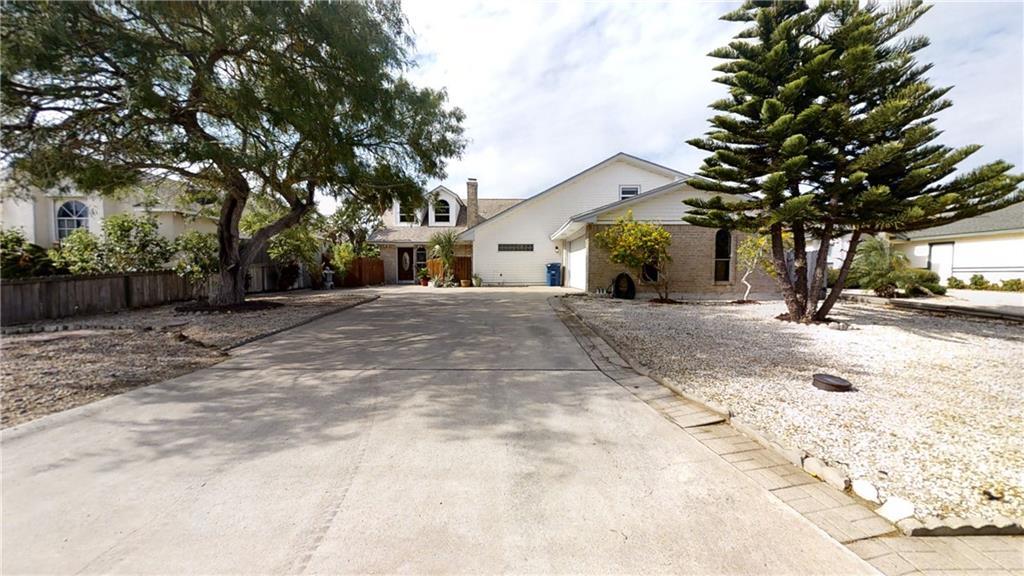 13845 Mizzen Street Property Photo