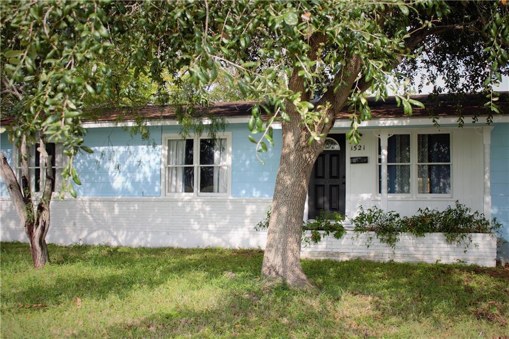 Casa Linda Estates Real Estate Listings Main Image