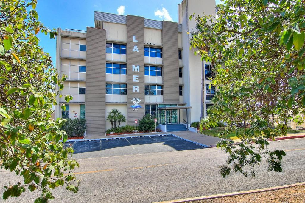 520 S Chaparral Street #701 Property Photo