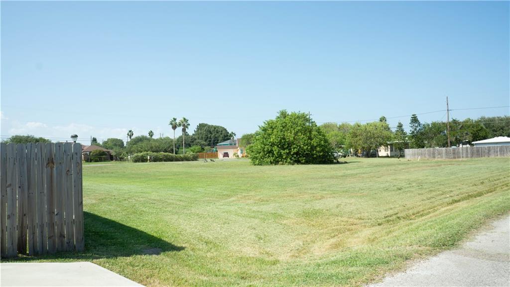 4057 Laguna Shores Road Property Photo