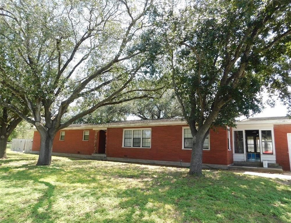 1406 Fourth Street Property Photo - Agua Dulce, TX real estate listing