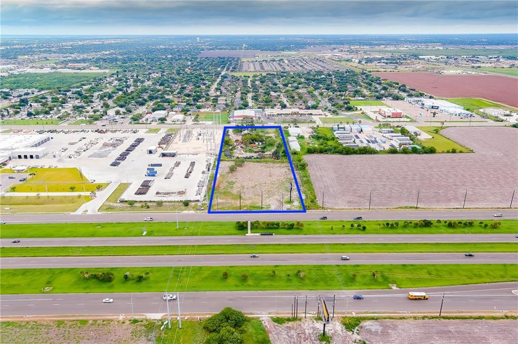 6028 Crosstown Expy Property Photo 1