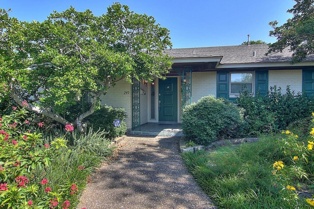249 Cape Aron Drive Property Photo - Corpus Christi, TX real estate listing