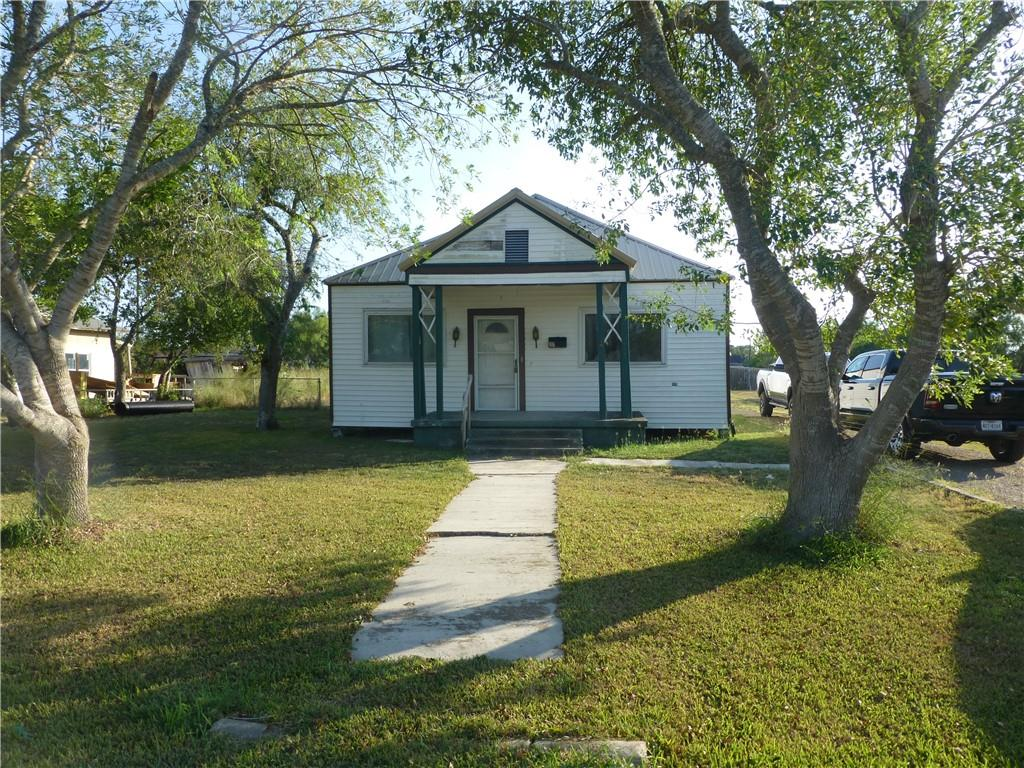 406 E 3rd Street Property Photo - Bishop, TX real estate listing