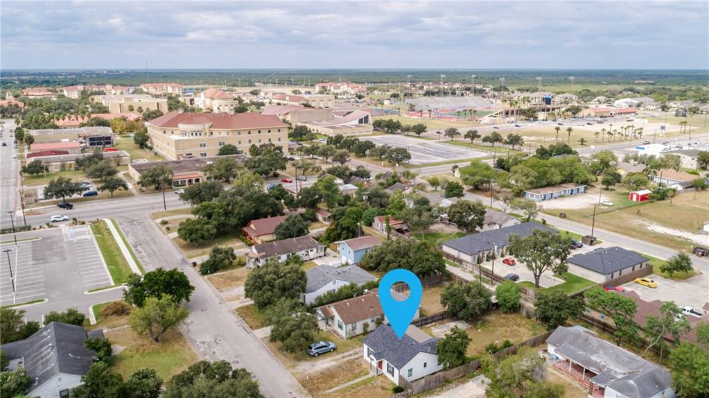 702 W Avenue A Property Photo - Kingsville, TX real estate listing