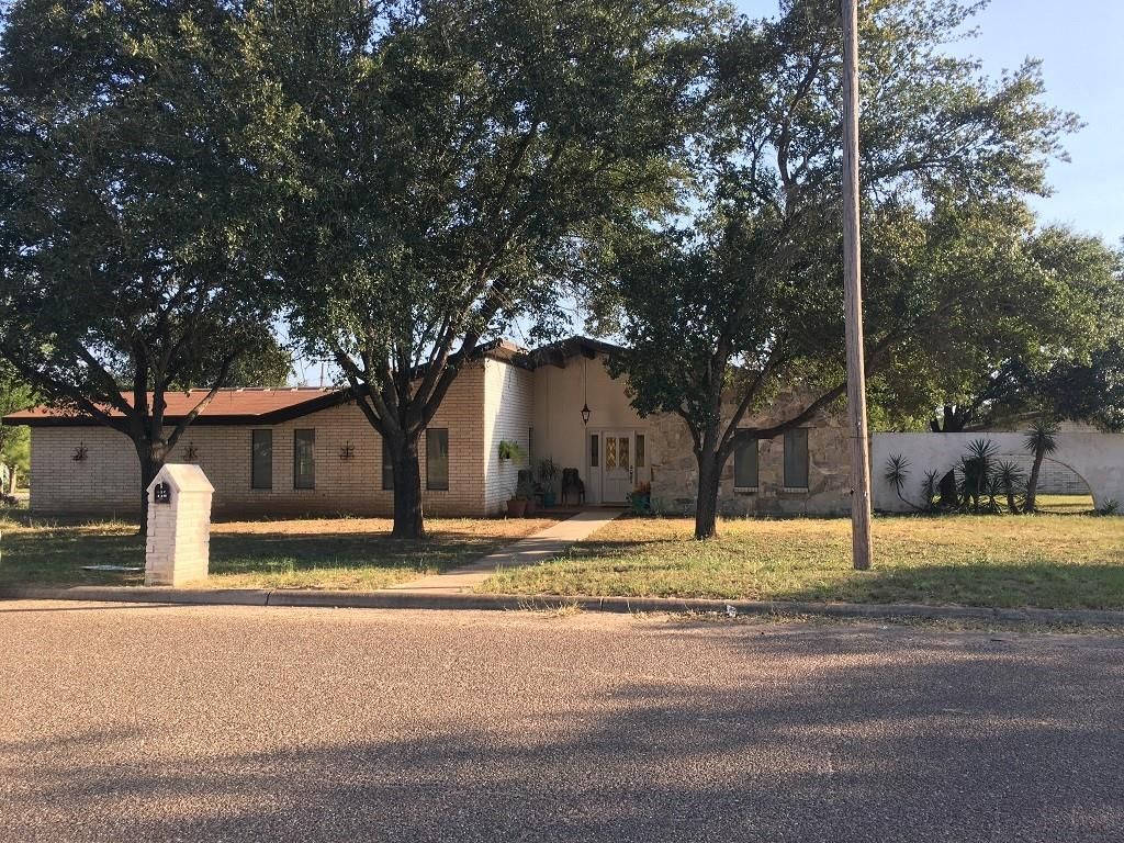 303 W North Street Property Photo - Hebbronville, TX real estate listing