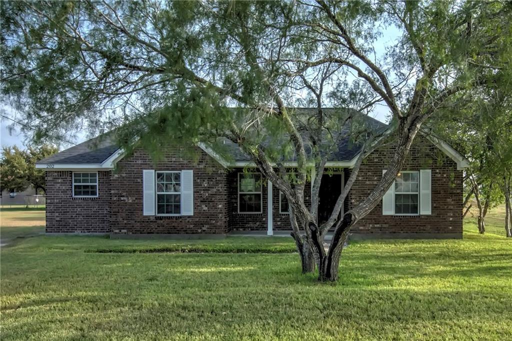 202 Voelkel Avenue Property Photo - Orange Grove, TX real estate listing