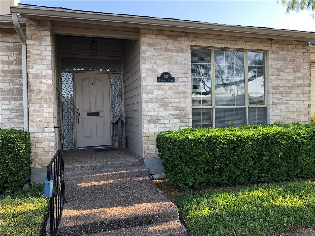 68 Lake Shore Drive Property Photo - Corpus Christi, TX real estate listing