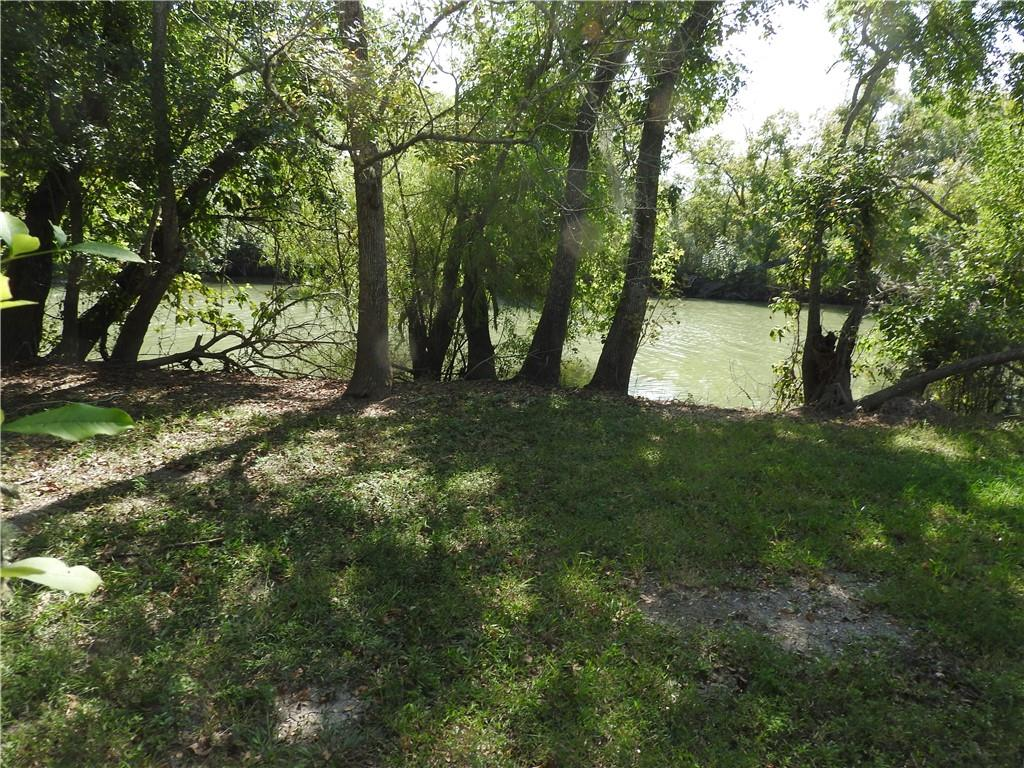 Tbd Guadalupe River Drive Property Photo