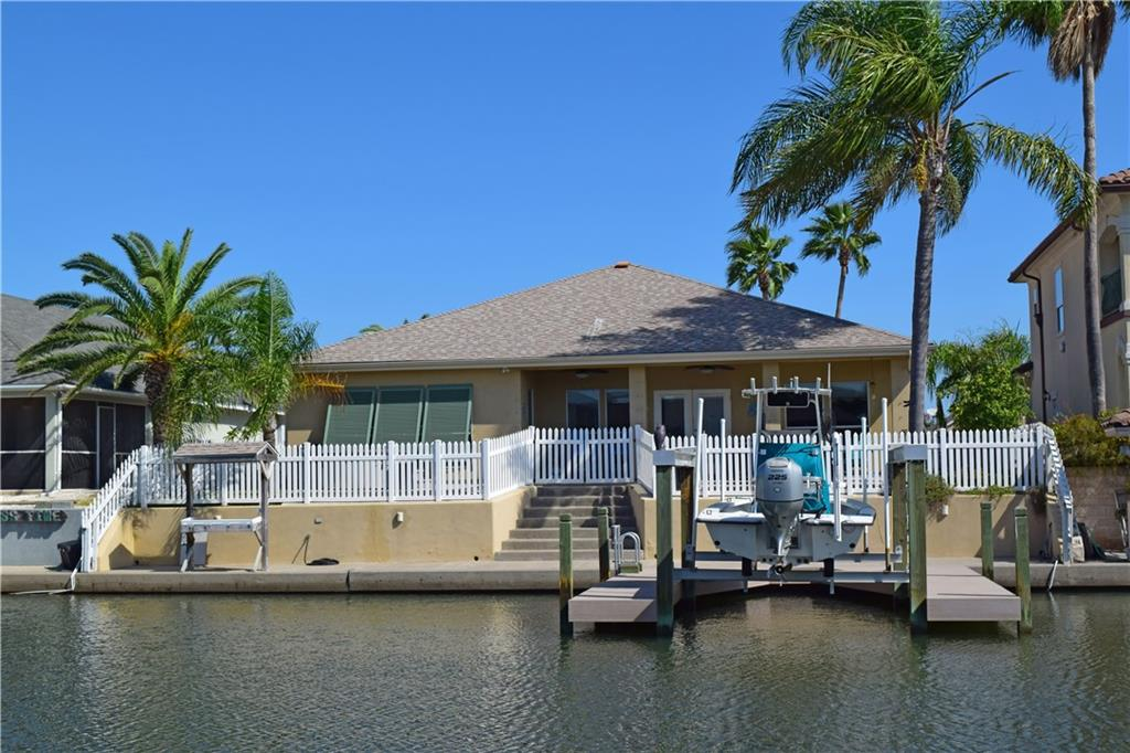 109 Redfish Court Property Photo