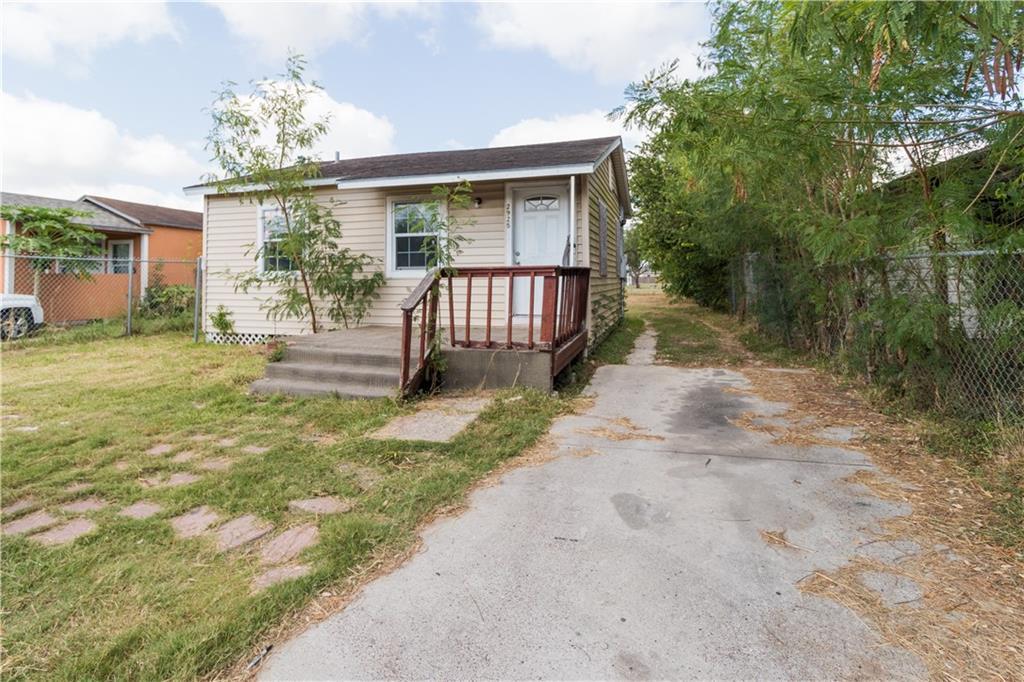2925 Greenwood Drive Property Photo - Corpus Christi, TX real estate listing