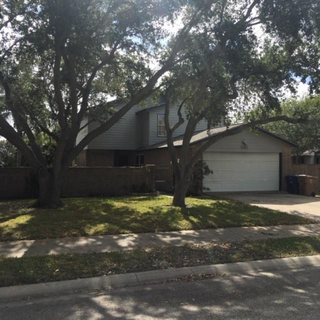 5521 Crossgate Drive N Property Photo - Corpus Christi, TX real estate listing