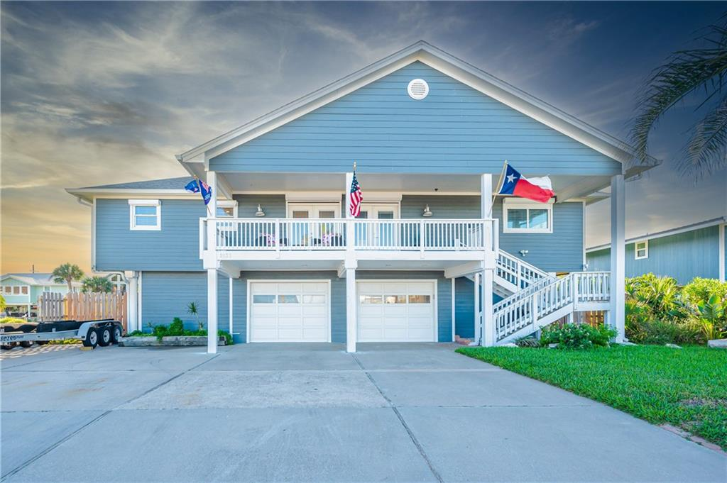 1835 Bay Shore Drive Property Photo - Rockport, TX real estate listing