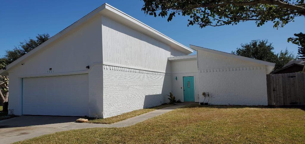 9405 Waxwing Street Property Photo