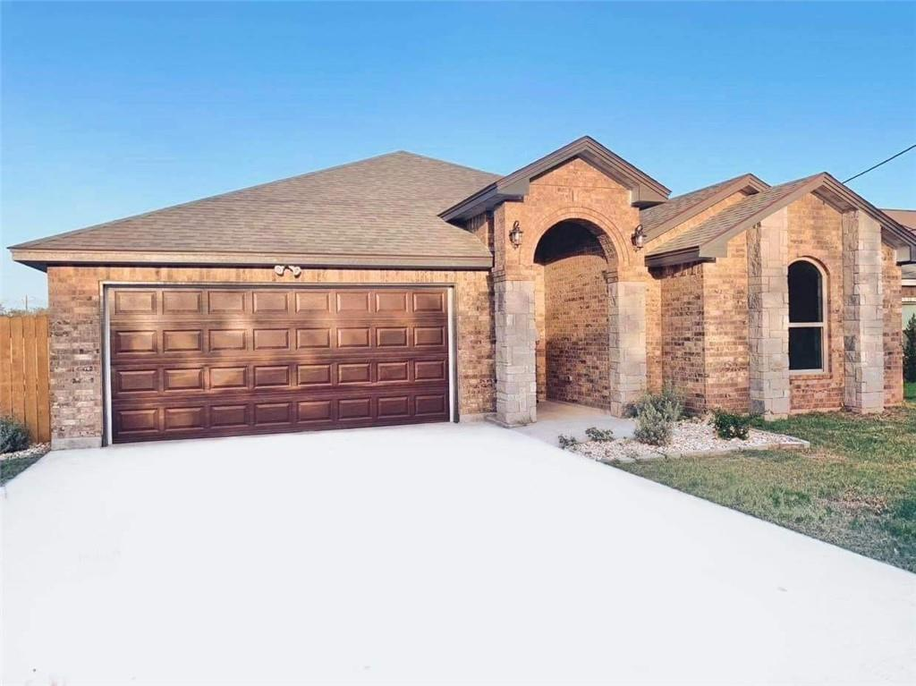 1914 Jones Road Property Photo - Beeville, TX real estate listing