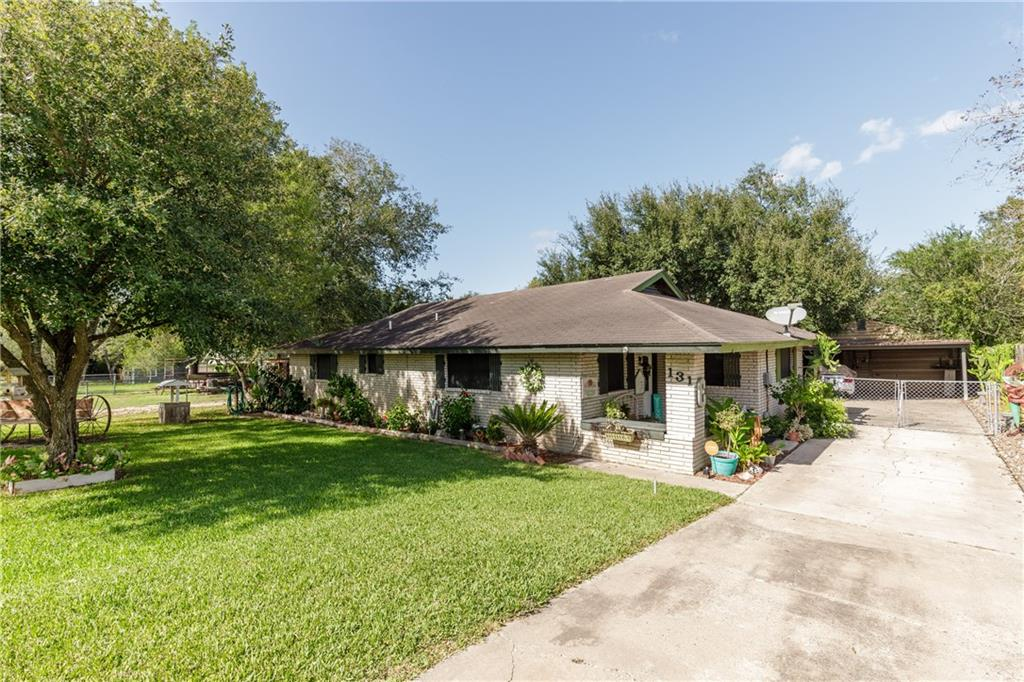 131 Lake Shore Drive Property Photo - Mathis, TX real estate listing