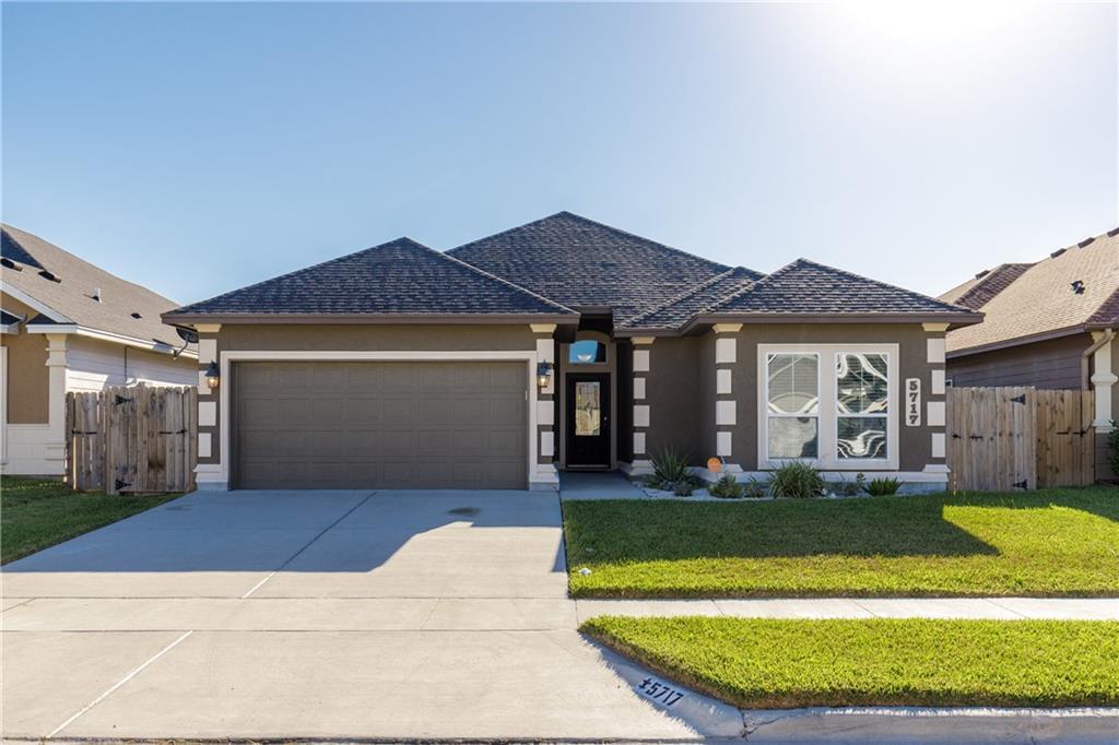 5717 Bella Di Giorno Drive Property Photo - Corpus Christi, TX real estate listing