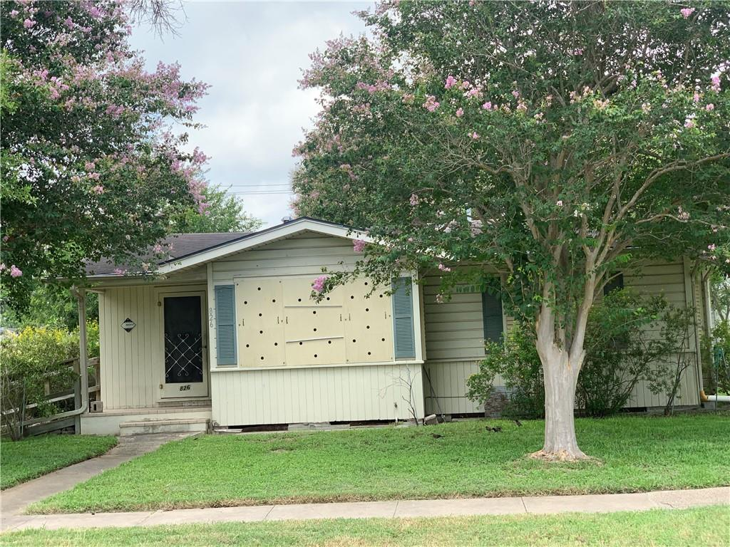 826 Rosedal Property Photo