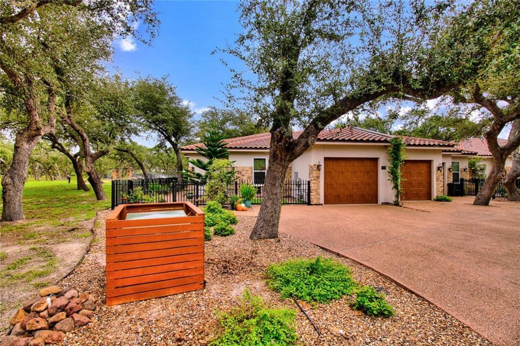 1304 Villas Drive Property Photo