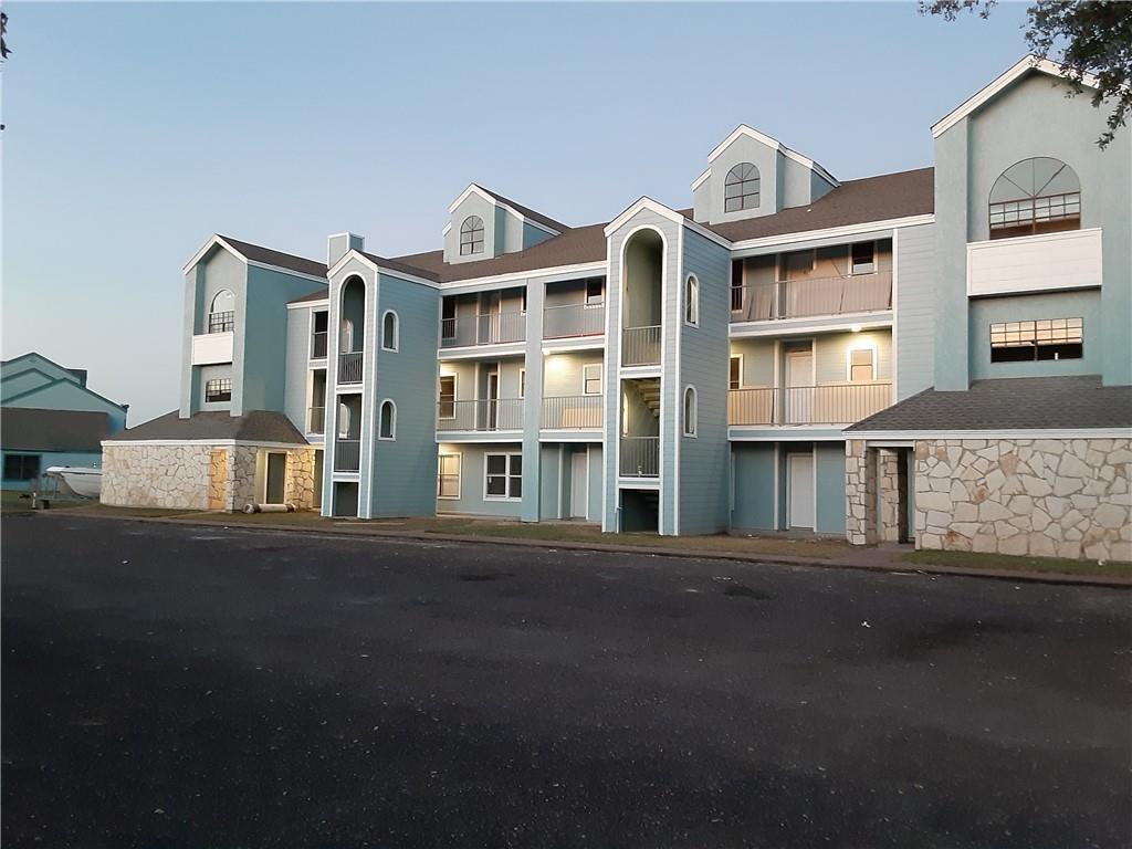 146 Westlake Drive #400 Property Photo