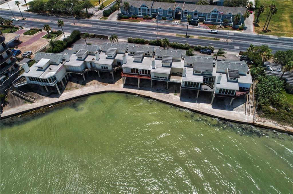 4454 Ocean Drive E Property Photo