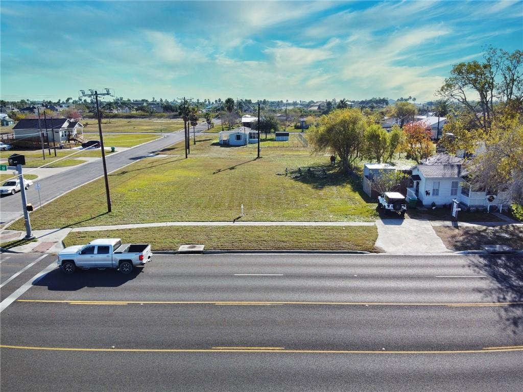 000 S Commercial Street Property Photo