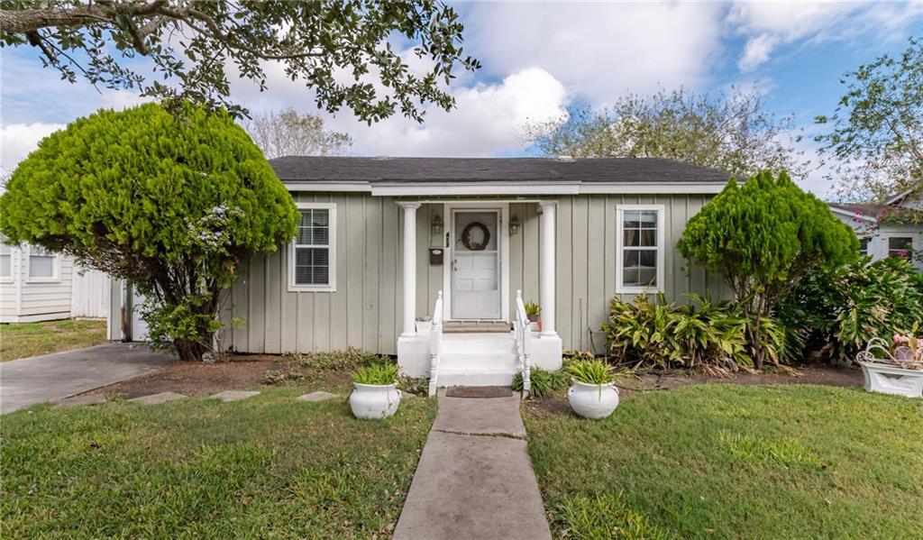 413 E. Henderson Street Property Photo 1