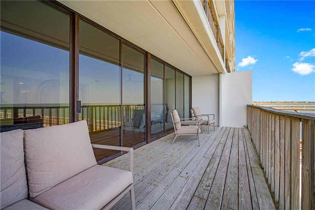 4334 Ocean Drive #103 Property Photo