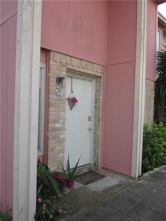 6702 Everhart #w 104 Property Photo