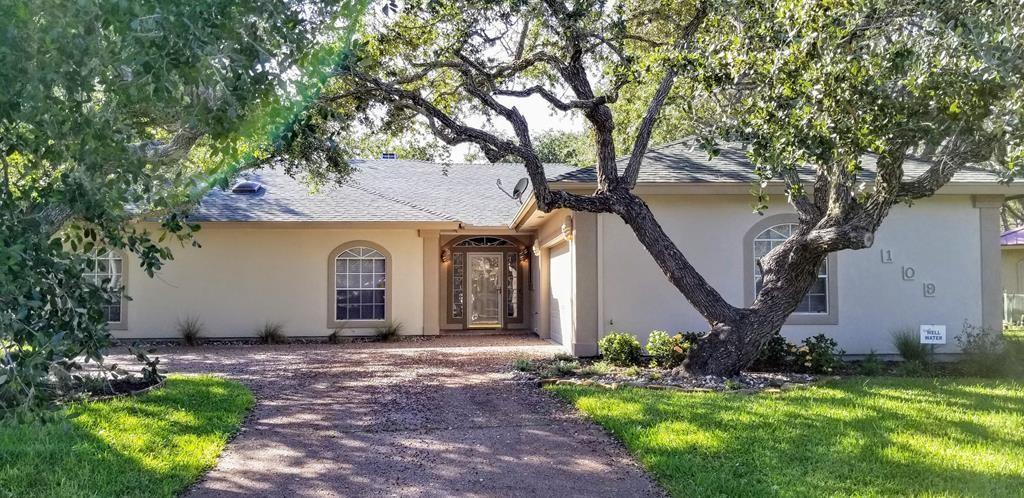 109 Royal Oaks Property Photo