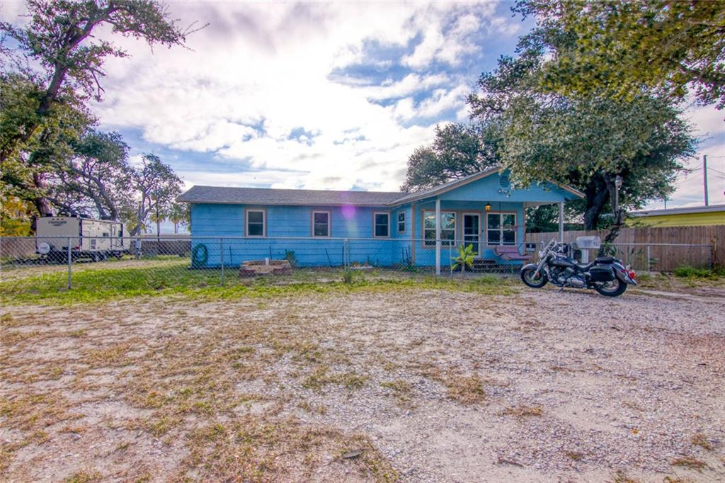 617 N Houston Street Property Photo