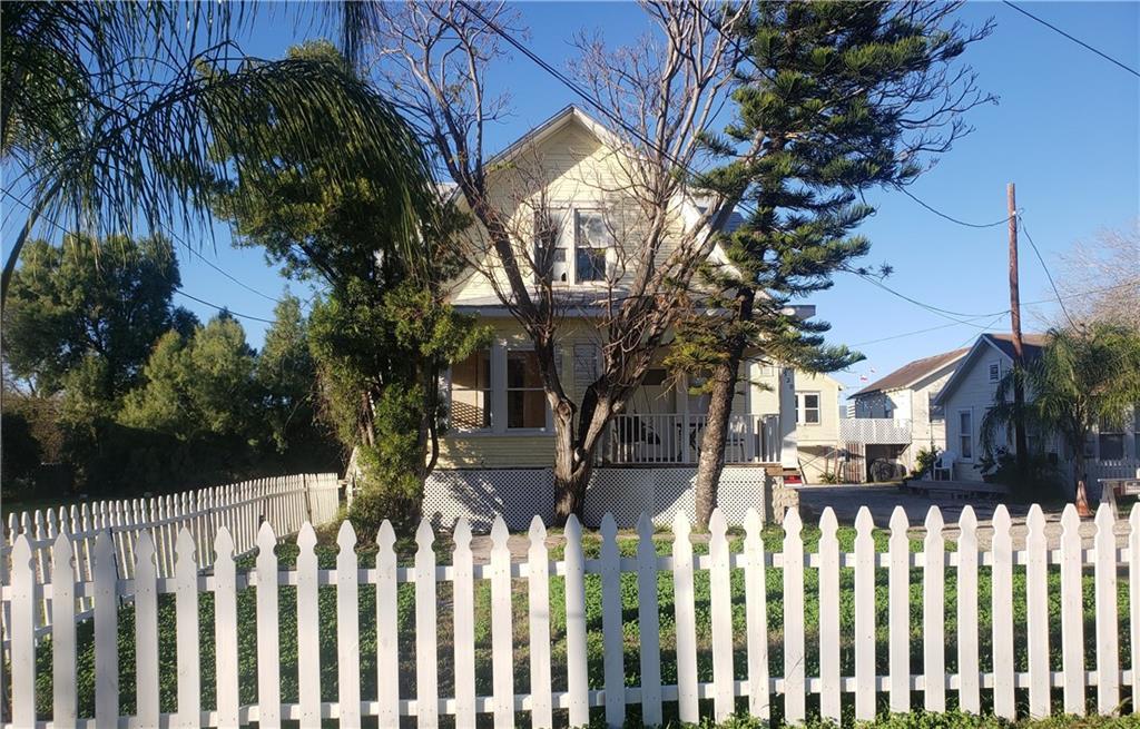 920 Park Ave Property Photo
