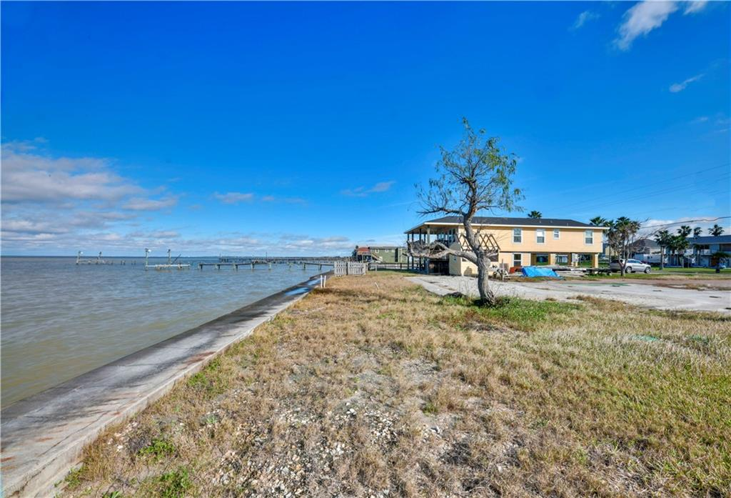 304 Copano Ridge Road Property Photo