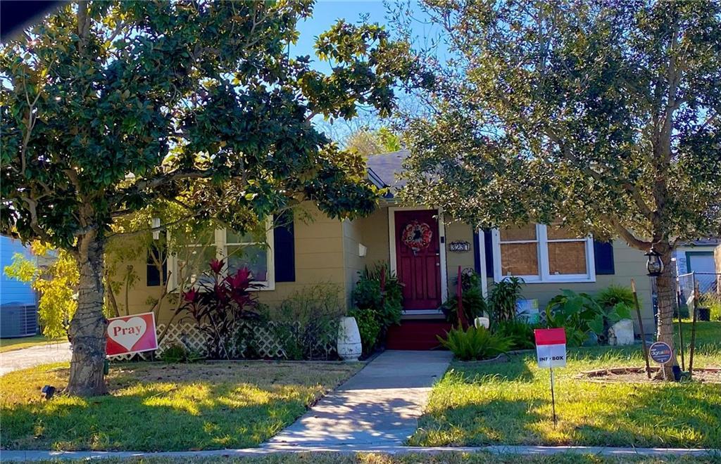 3237 Lawnview Street Property Photo