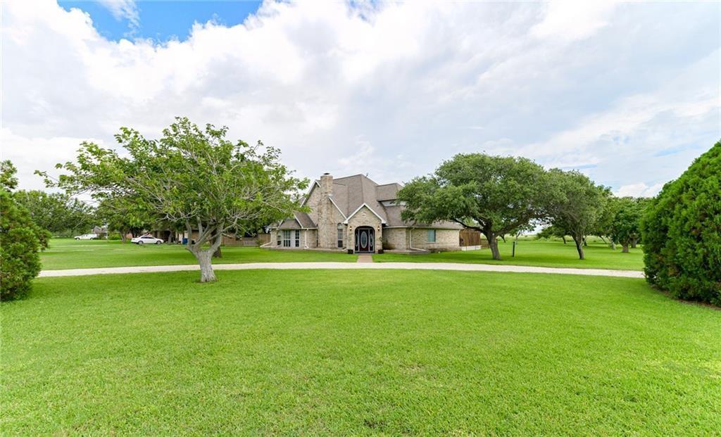 101 Lone Oak Street Property Photo 1