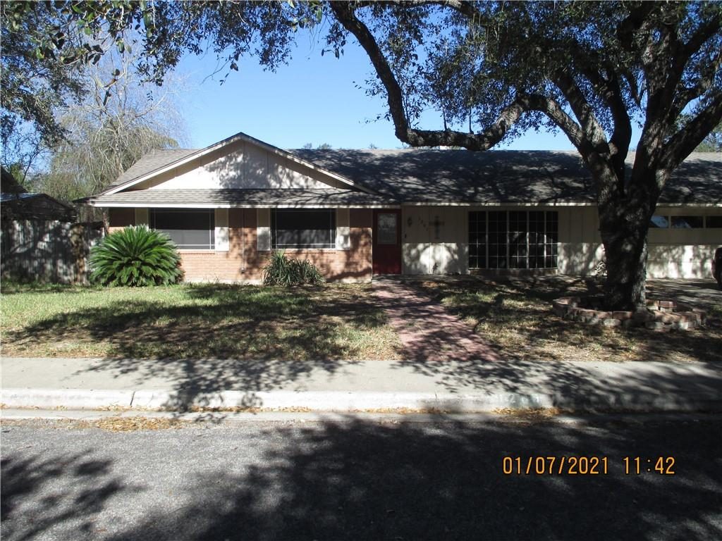 1205 Live Oak Property Photo