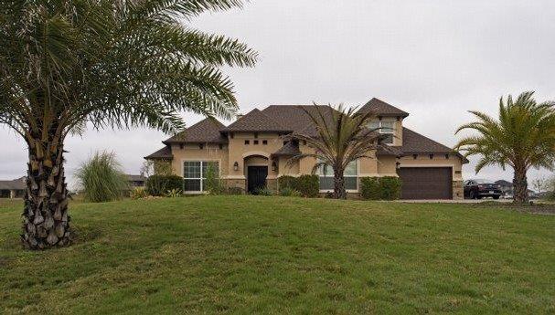 5905 Lago Vista Drive Property Photo