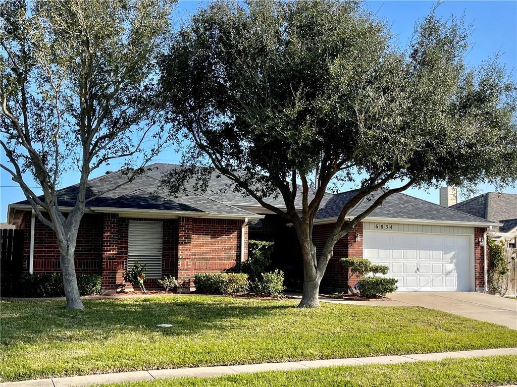 6834 Vineyard Drive Property Photo