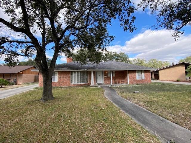 1144 W Henrietta Avenue Property Photo