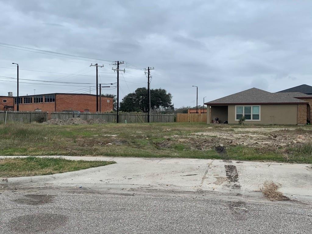 4825 Del Paseo Street Property Photo