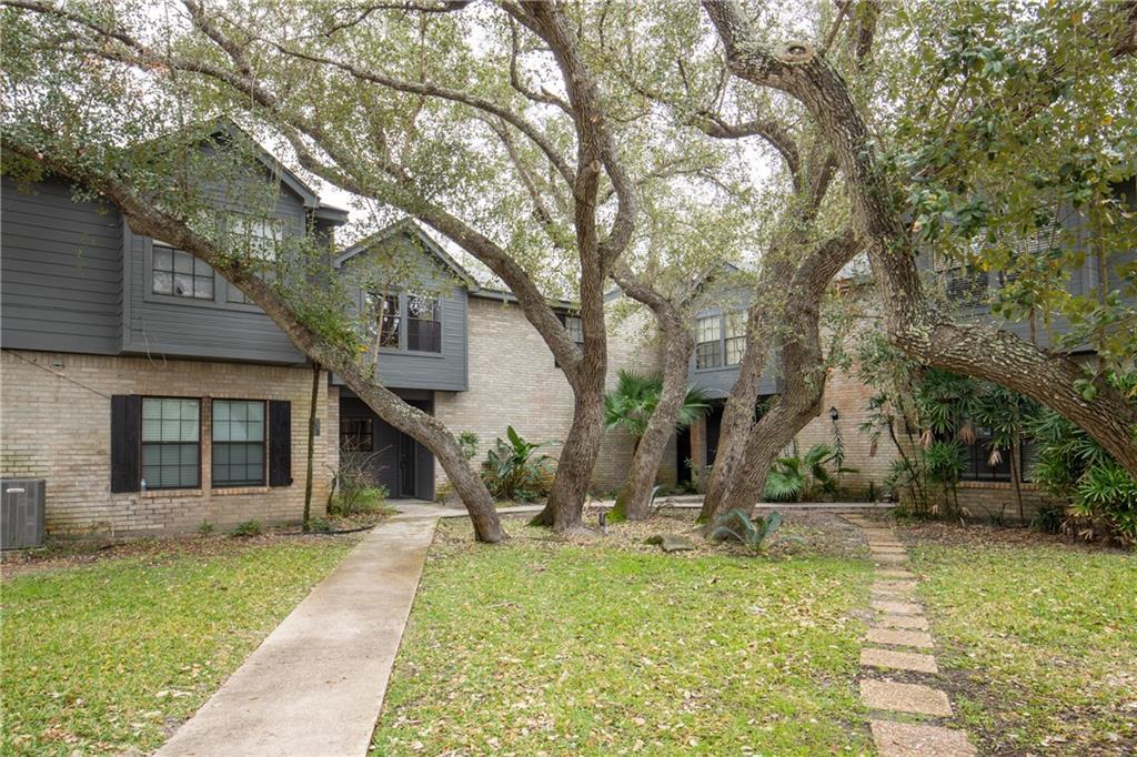 210 Oak Bay, #504 Street #504 Property Photo