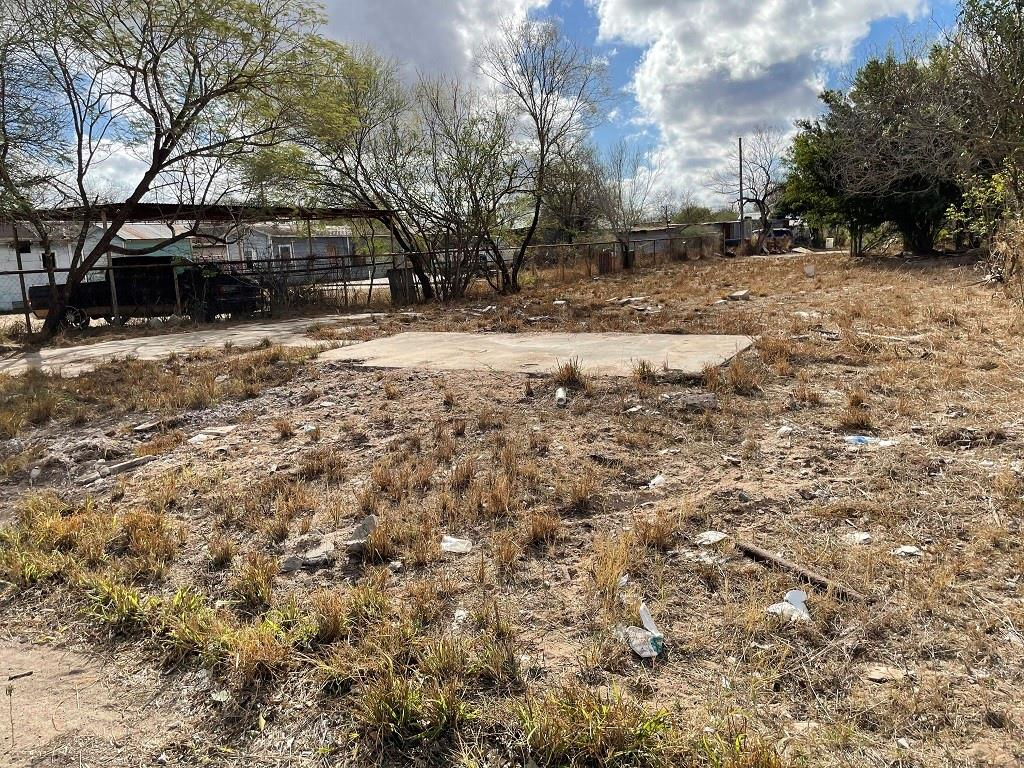 507 W Galbraith Street W Property Photo - Hebbronville, TX real estate listing