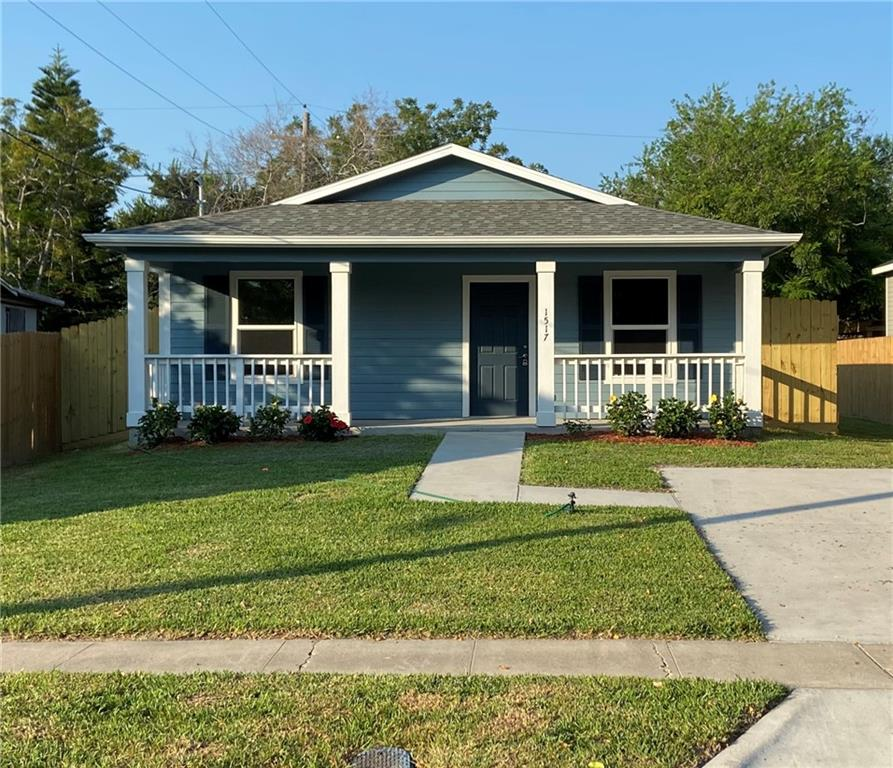 527 Webb Street Property Photo