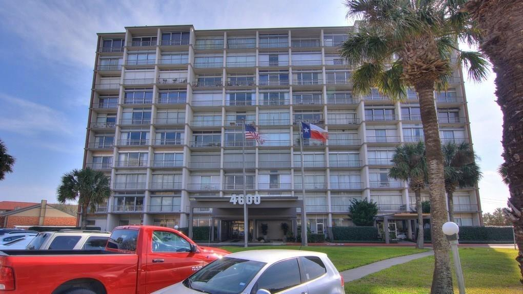 4600 Ocean Drive #104 Property Photo - Corpus Christi, TX real estate listing