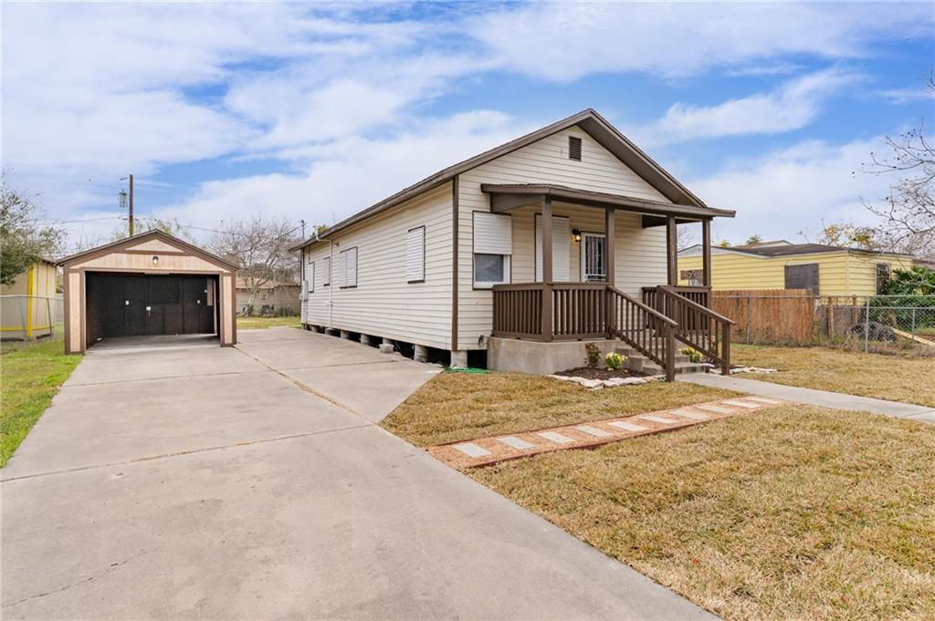 1817 Tarlton Street Property Photo
