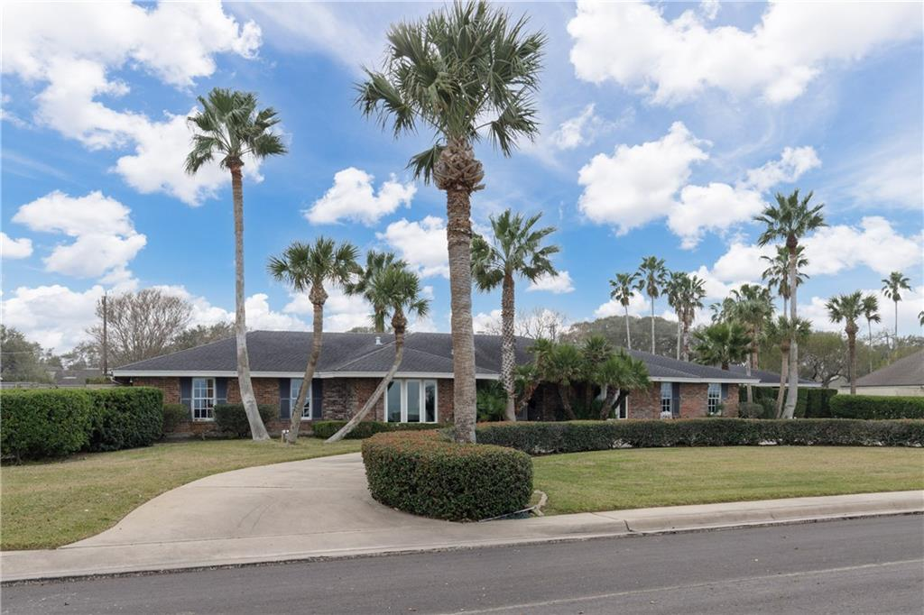 5125 Ocean Drive Property Photo