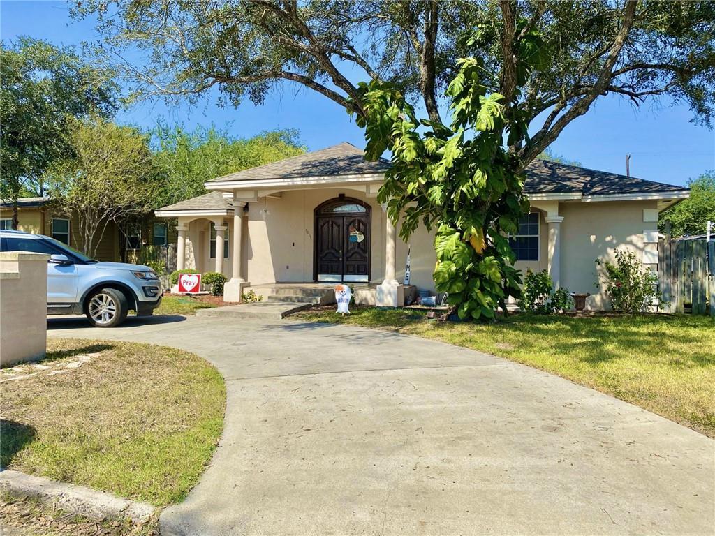 1011 Roosevelt Boulevard Property Photo