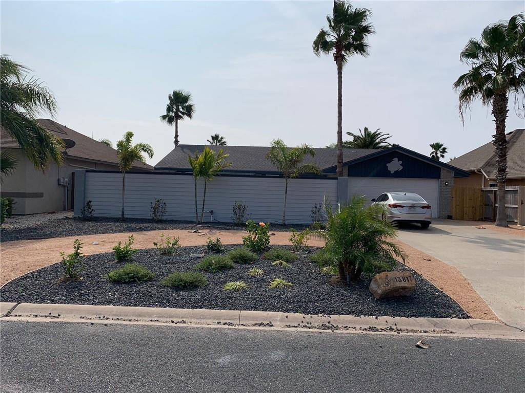 13817 Halyard Drive Property Photo